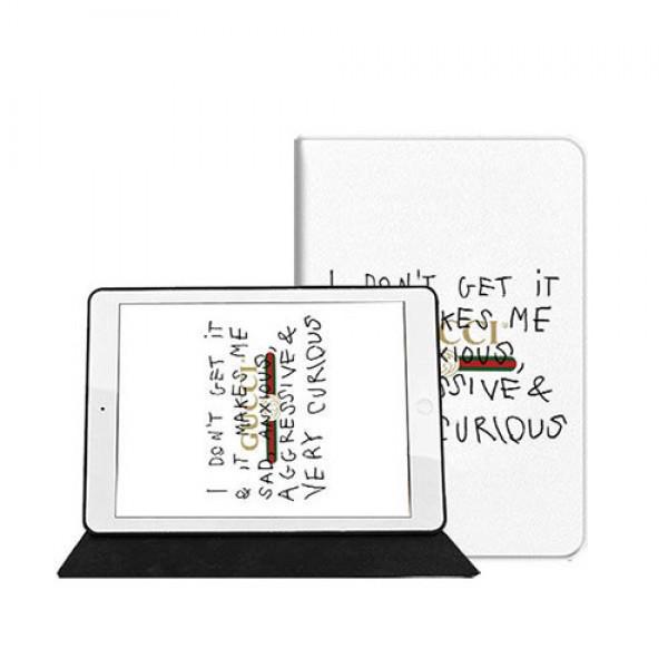 Gucci グッチ Ipad 8/7 世代 pro 9.7/11inch 2020ケース ブランド メンズ レディースアイパッドエア1/2/3/4ケース 横開きブラント iPad Air 10.5インチケース  コピーiPad ミニ5/4/3/2/1手帳型カバー ブランドパロディ・レプリカ日本未入荷