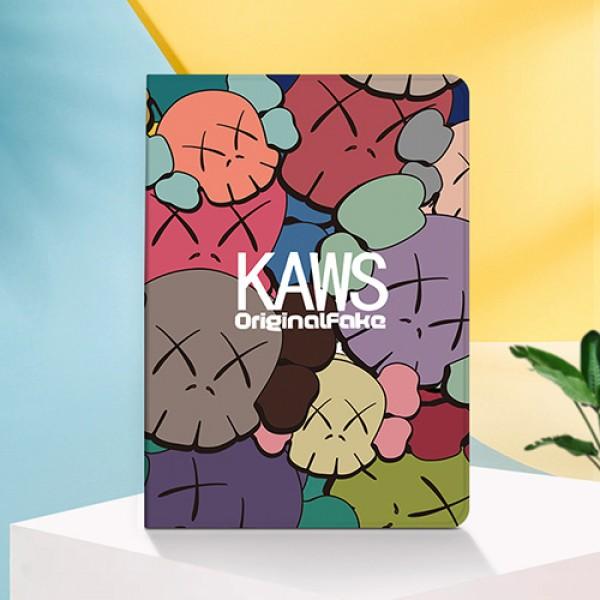 KAWS アイパッドエア1/2/3ケース 横開きブラント iPad Air4 10.9インチケース  コピーiPad8 ミニ5/4/3/2/1手帳型カバー ブランドパロディ・レプリカ日本未入荷新型 iPad pro 9.7 11 12.9インチケース ブランド